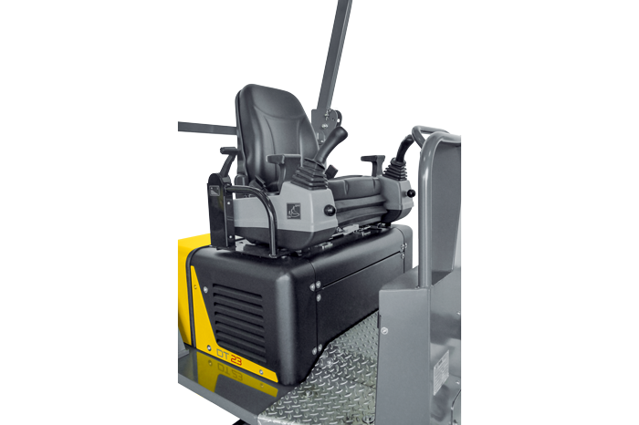 DT23 comfortable driver stand with maximum safety